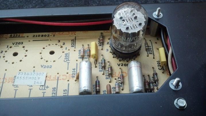 31V4B Magnavox 12DW7